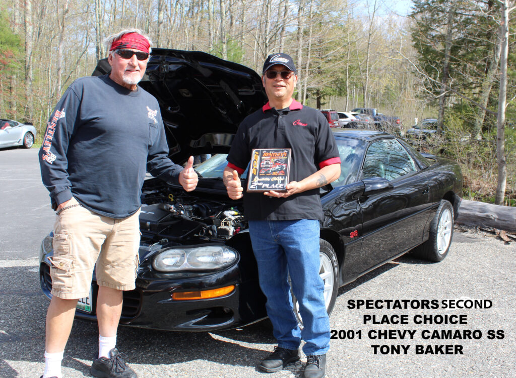 SECOND PLACE TONY BAKER with car